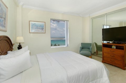 hollywood-beach-resort-room-2